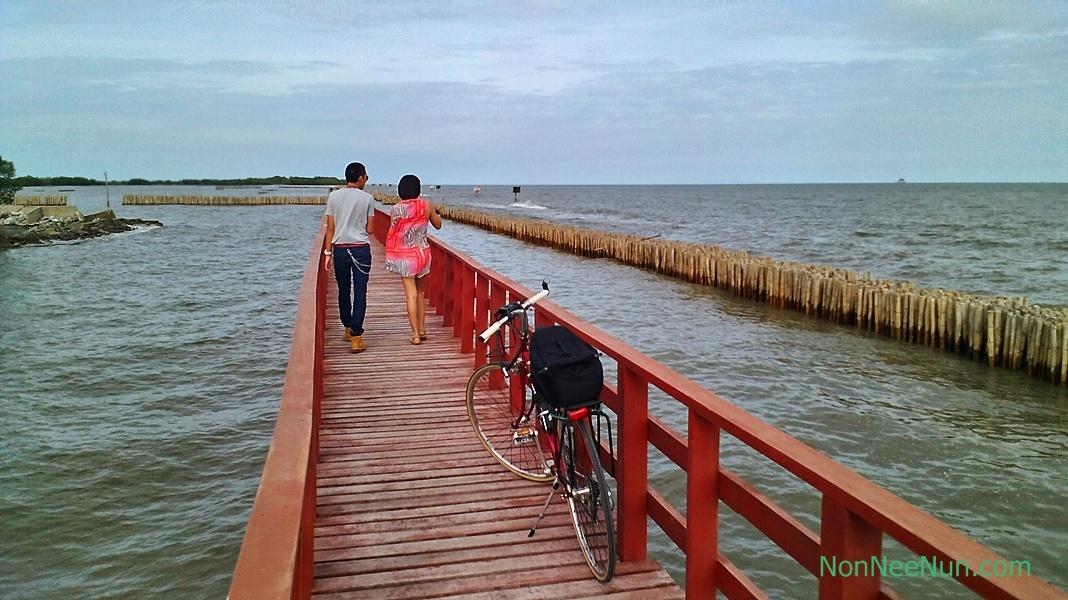 ทะเล สายลม สองเรา