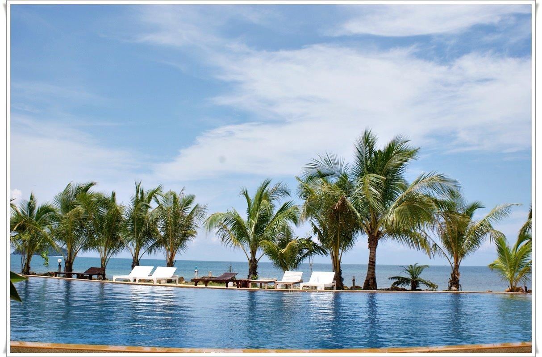 coral-resort-01